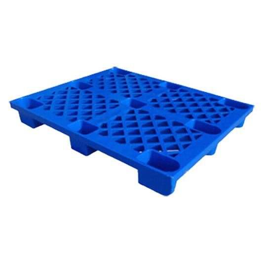 Pallets plásticos 9 patas con superficie rejada